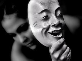 woman-behind-mask